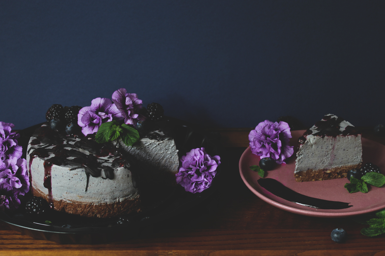 raw vegan berry mint cake